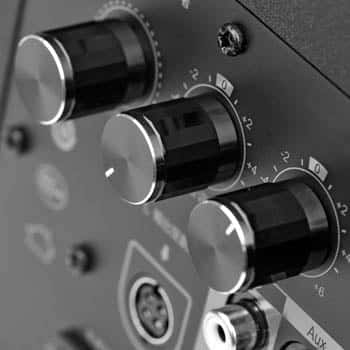 Edifier-r1800bt-controles de volumen