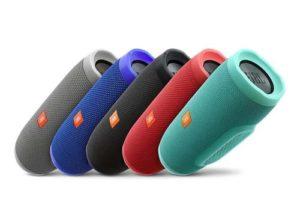 El JBL Charge 3 está disponible en muchos colores